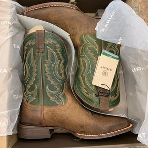 Ariat boots brand new size 13 men's